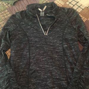 Stretch pullover